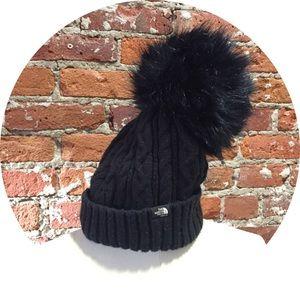 SACAI North Face hat